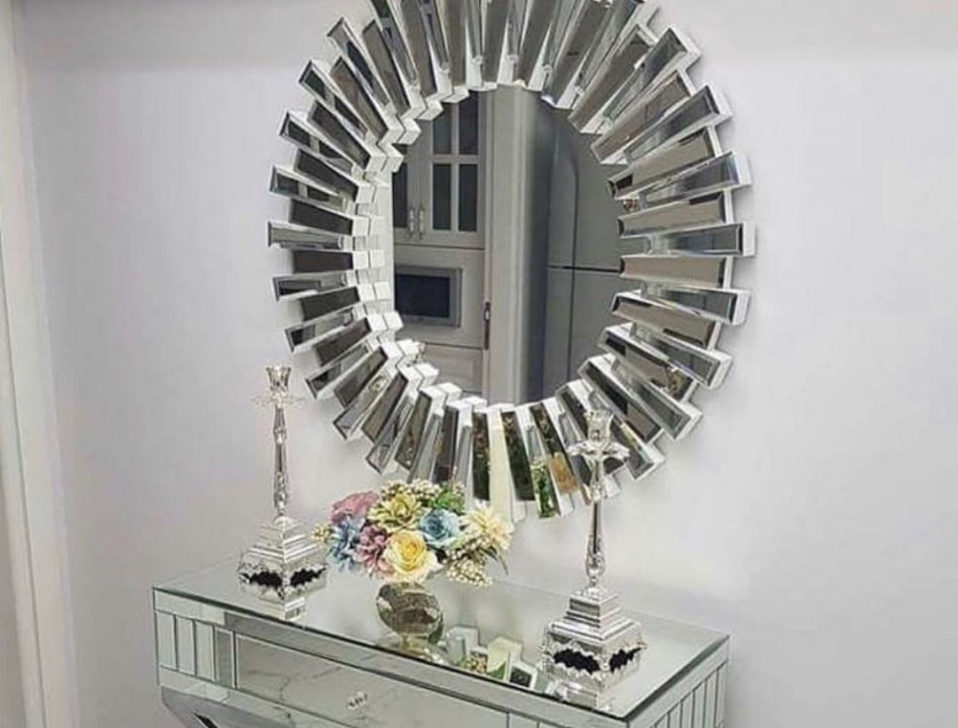 Shop our Marcela mirror, only a few still available for Preorder ! For