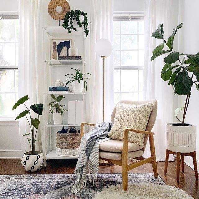 Staging 101 – Whether faux or houseplants, introducing plants into a s
